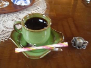 2009年8月13日(木)発電所美術館 喫茶室にて 2