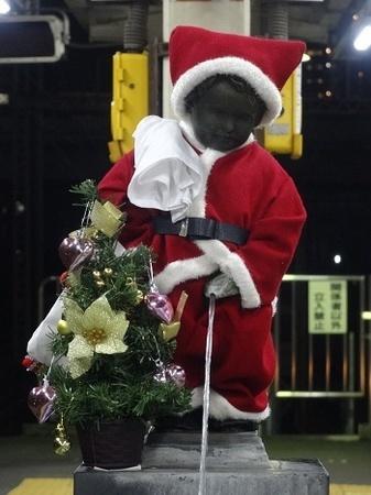 2015年12月 JR浜松町駅の小便小僧