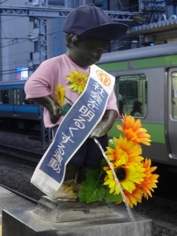 2014年7月 JR浜松町駅の小便小僧