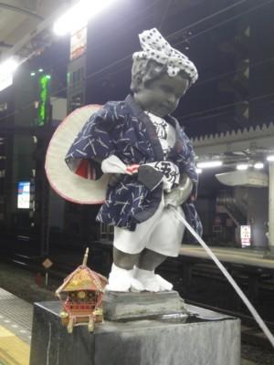 2013年9月 JR浜松町駅の小便小僧2