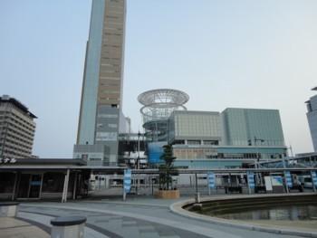2010年8月1日高松駅前
