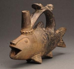 《さかな象形土器》 11世紀 ペルー文化庁・ペルー国立ブリューニング博物館蔵 撮影:義井 豊