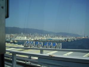 ポートターミナル駅からの神戸港