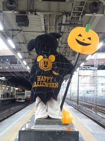 JR浜松町駅の小便小僧2015年10月2